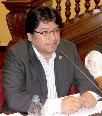 Congresista Rennan Espinoza Rosales